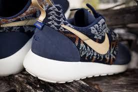 blue patterned shoes shoes nike aztec roshe run nike roshe run run nike nike