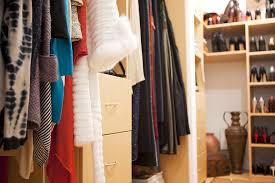 what to store in your closet checklist