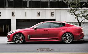 it looks like a toronto debut for the 2018 kia stinger gt
