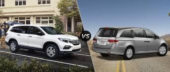luxury minivan 2016 2016 honda pilot vs 2016 honda odyssey