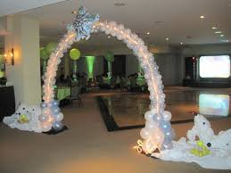 Snowflake Balloons Winter With Polar Bear Balloon Arch With Lights And Snowflakes 2