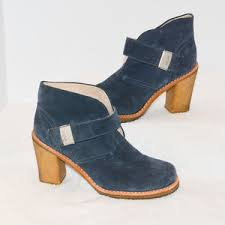 s grey ankle ugg boots 70 ugg shoes s leatherblue ugg australia ankle boots