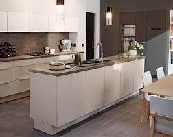cuisine integre superbe plan de travail cuisine avec evier integre 14 en