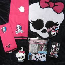 5 Piece Bathroom Rug Set by Monster High Bathroom Accessories Set Mix And Match Soap
