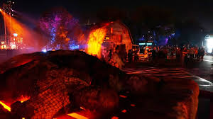 halloween horror nights com halloween horror nights 2013 reviews of the street experience and