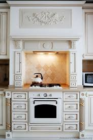 Antique White Kitchen Cabinets by 10 Best Kitchen Hood Images On Pinterest Kitchen Hoods Dream