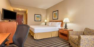 holiday inn express u0026 suites manteca city center hotel by ihg