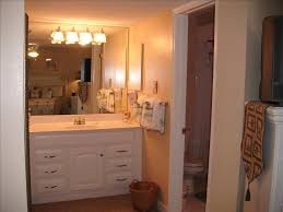 photo gallery of our vacation rental home 4vacationrental com dressing area of master bedroom suite