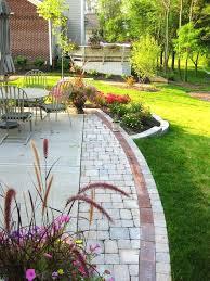 Concrete Slabs For Backyard by Concrete Backyard Landscaping U2013 Bowhuntingsupershow Com