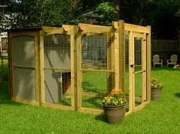 Backyard Ideas For Dogs How To Build A Dog Run With Attached Doghouse How Tos Diy