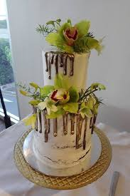 Wedding Cake Flowers Wendys Flowers And Event Hire Wedding Cake Flowers