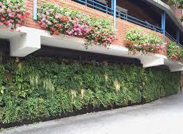 self sustaining garden jetson green self sustaining vertical garden