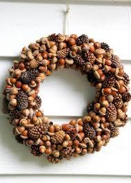 pine cone wreath acorn and pinecone wreath hgtv