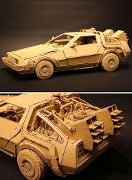 membuat miniatur mobil dari kardus seniman asal jepang ini membuat kardus bekas menjadi seni yang