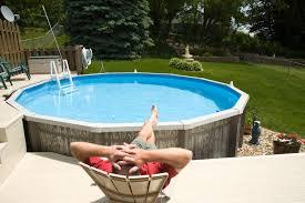 einen eigenen pool im garten
