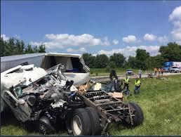 update 2 dead 2 injured in i 70 crash near clay vigo line news