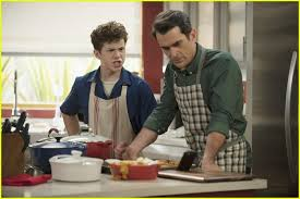 thanksgiving dinner is just a mess on modern family see the