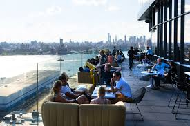best roof top bars the absolute best rooftop bars in nyc