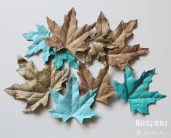 Decorating With Fall Leaves - these chic painted leaves as fall decorations are gorgeous