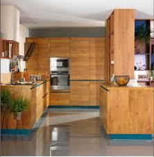 couleur cuisine schmidt modèle sans poignée avec des gorges de couleur arcos eolis coloris