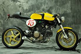beautiful ducati 750 caferacer