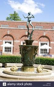 fountain of the campus of university of illinois at urbana