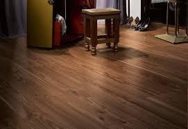 Classic Laminate Flooring Laminat Classic 1050 Walnut Natur Plank By Parador Stylepark