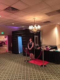 photo booth setup d e a daley entertainment agency photo booth info pricingdj