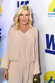 tori spelling sued over 38k credit card debt ny daily news