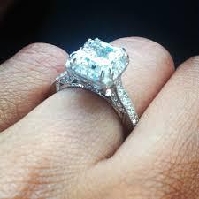 10 karat diamond ring 10 carat diamond ring on ring diamantbilds