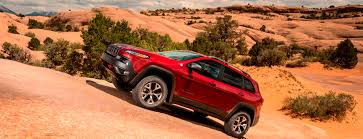 jeep cherokee orange off road test review 2014 jeep cherokee trailhawk on some tough
