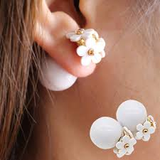 ear candy earrings 2017 new simulated pearl flower earrings light korea two