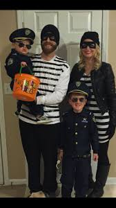 Halloween Costume Ideas For Family Of Four by 24 Best Images About Halloween On Pinterest Hotel Transylvania