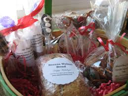 edible gift baskets edible gifts up gift baskets saucy