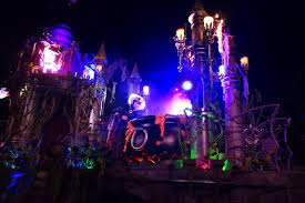 Halloween Party Lighting by Updated What To Expect From 2016 Mickey U0027s Halloween Party At