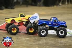 original bigfoot monster truck bigfoot 4 rhodes u2013 outlaw retro trigger king rc u2013 radio