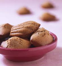 cuisiner la chataigne madeleines à la farine de châtaigne les meilleures recettes de