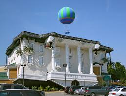 Wonderworks Upside Down House Myrtle Beach - wonderworks and dixie stampede discount combo