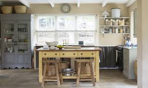 unfitted kitchen furniture 7 ways to create a country kitchen