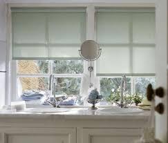 rollos f r badezimmer rollo dekorativer licht und sichtschutz living at home