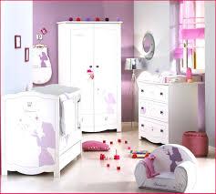 robe de chambre bébé 95887 chambre de princesse disney d enfant