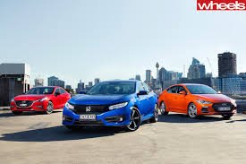 honda civic or hyundai elantra 2016 honda civic rs vs hyundai elantra sr vs mazda 3 sp25 astina