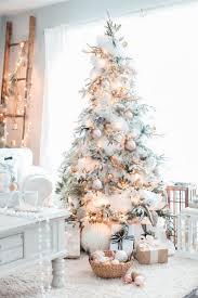 30 dreamy flocked christmas tree decoration ideas christmas