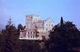 siege on castle steve the strangest battle in history the battle for castle itter