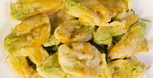 fiori di zucca fritti in pastella ricetta fiori di zucca fritti in pastella ricette di buttalapasta