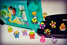 weirdos mini figures monster toys trash