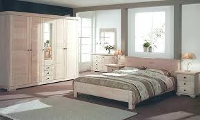 chambre à coucher chêtre modele de chambre a coucher moderne chambre a coucher moderne en