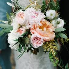 bridal flowers show stopping ideas for your wedding flowers bridalguide