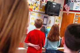 mom sues for allegedly forcing son to recite pledge of