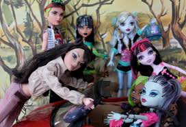 monster confessions doll collectors